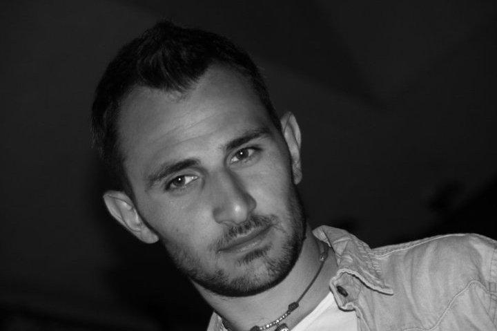 Roberto Vicario