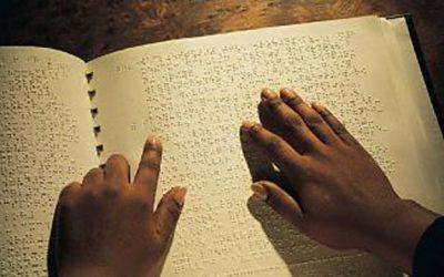 Vedo oltre ciò che posso sentire: Centro Internazionale del Libro Parlato di Feltre. di Silvia petitta