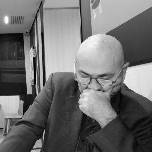 La scomparsa di Paolinelli, un autore in difesa degli autori.  di Linda Brunetta Caprini e  di  Toni Biocca: